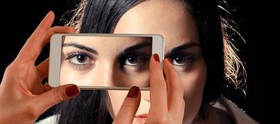 smartphone-1445448__180